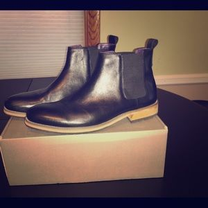 Jackthreads Black Leather Chukka Boots.